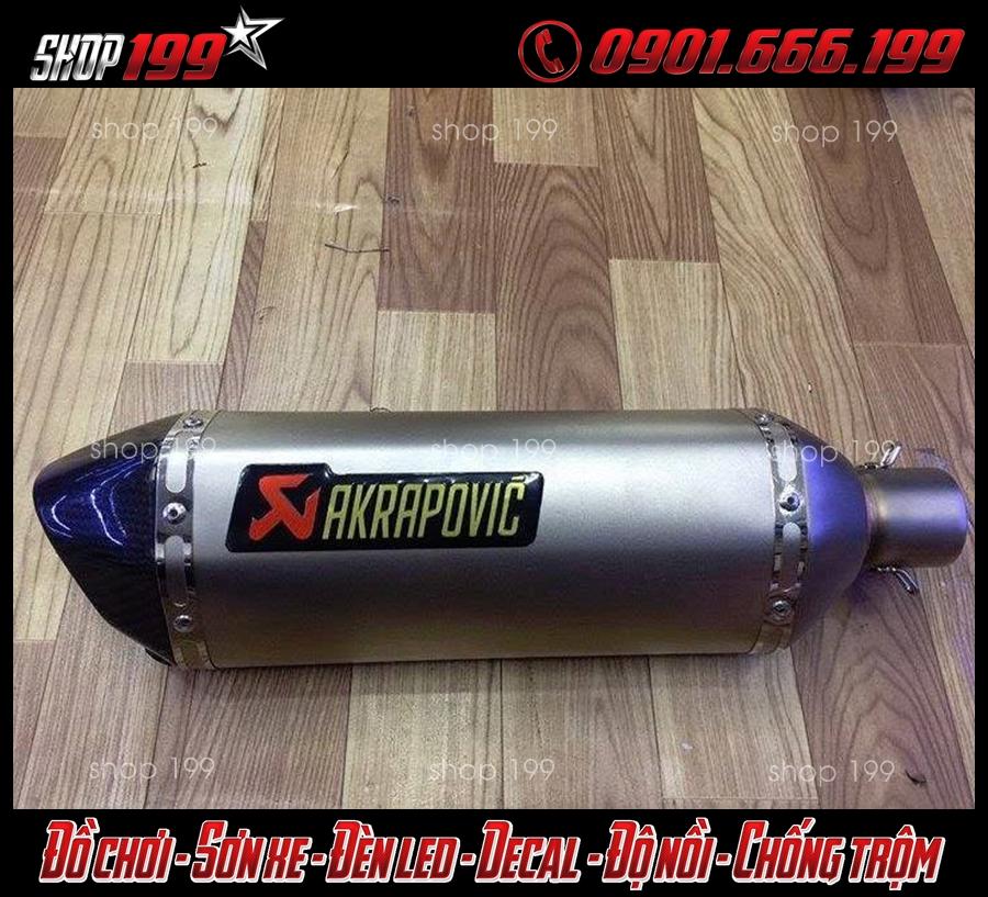 Hình ảnh pô Akrapovic màu bạc độ đẹp và sang cho xe Yamaha TFX 150i